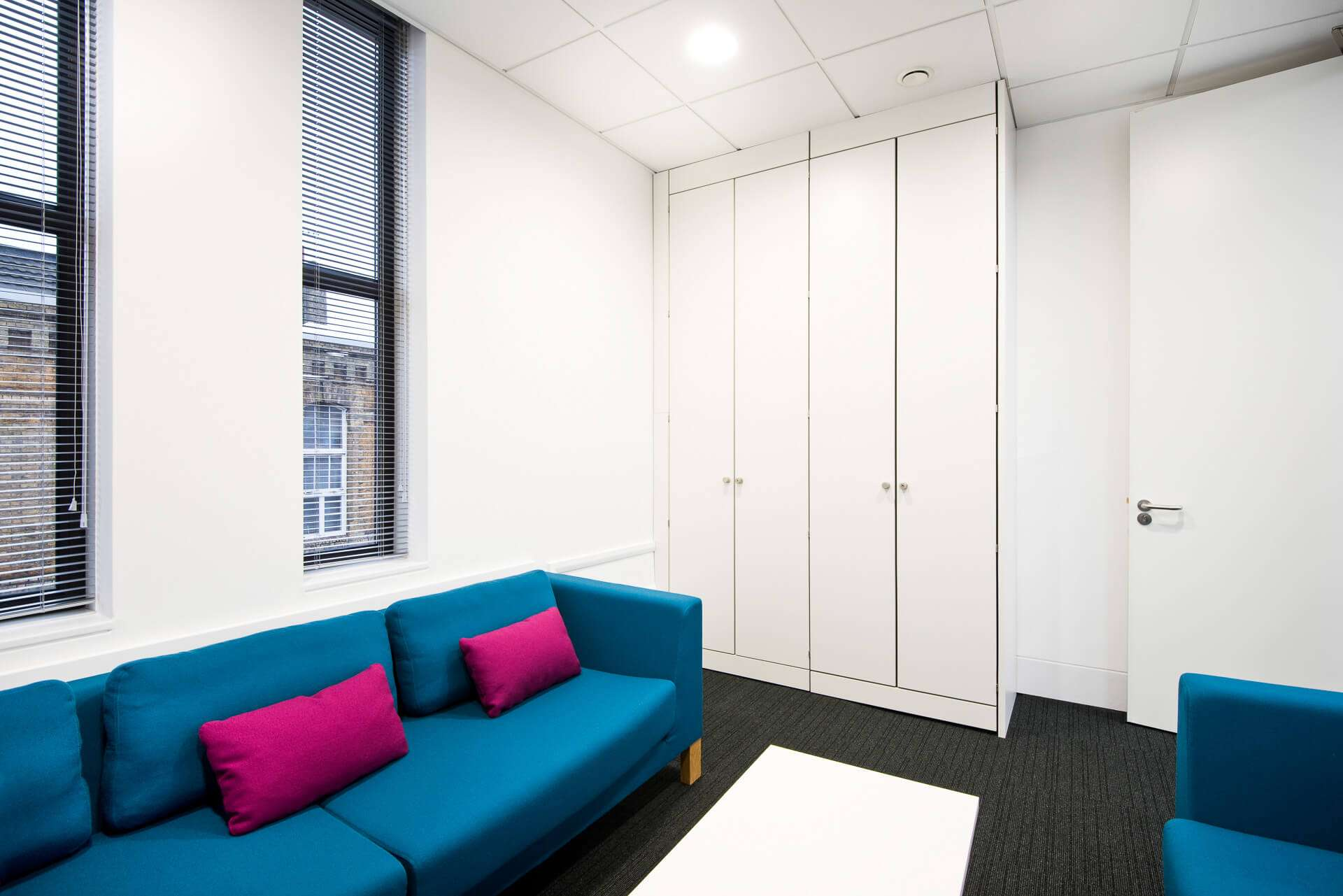 5 tips for redesigning your meeting room | office profile